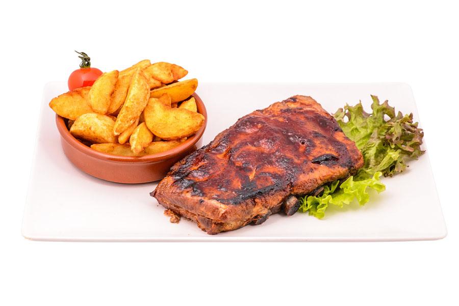 Coaste de porc cu cartofi wedges club 32 pitesti